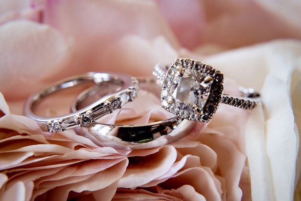 Bridal jewelry - William Innes Photography