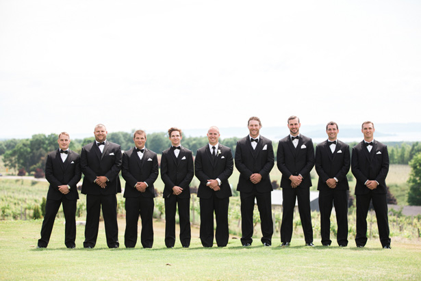 Groomsmen photo ideas - Dan and Melissa