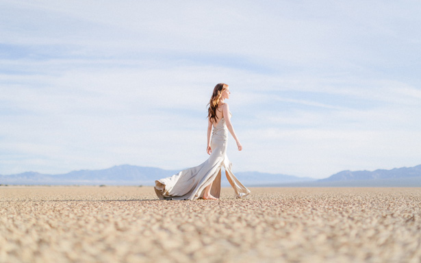 Romantic desert bride - Rewind Photography