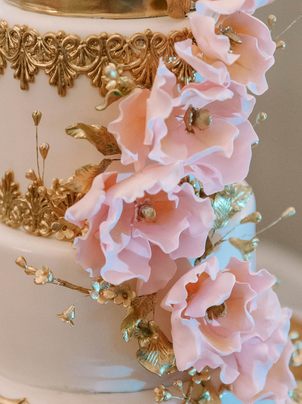 Wedding cake flower details - Pasha Belman Photography