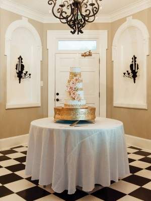 Wedding cake table - Pasha Belman Photography
