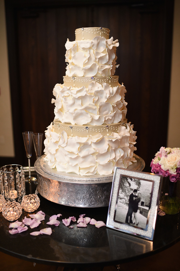 Wedding cake table - Fairy Tale Photography