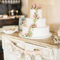 Wedding cake -Melvin Gilbert Photography