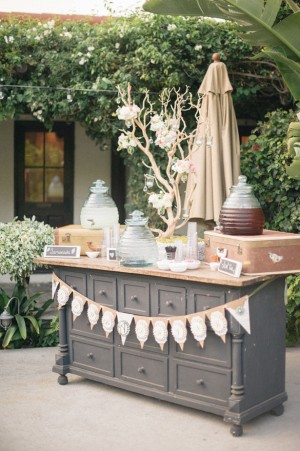 Wedding drink station - Melvin Gilbert Photography
