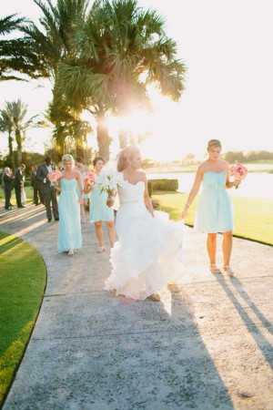 Wedding party picture ideas - Bluespark Photography