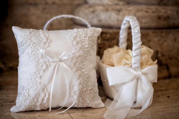 Wedding ring pillow - William Innes Photography