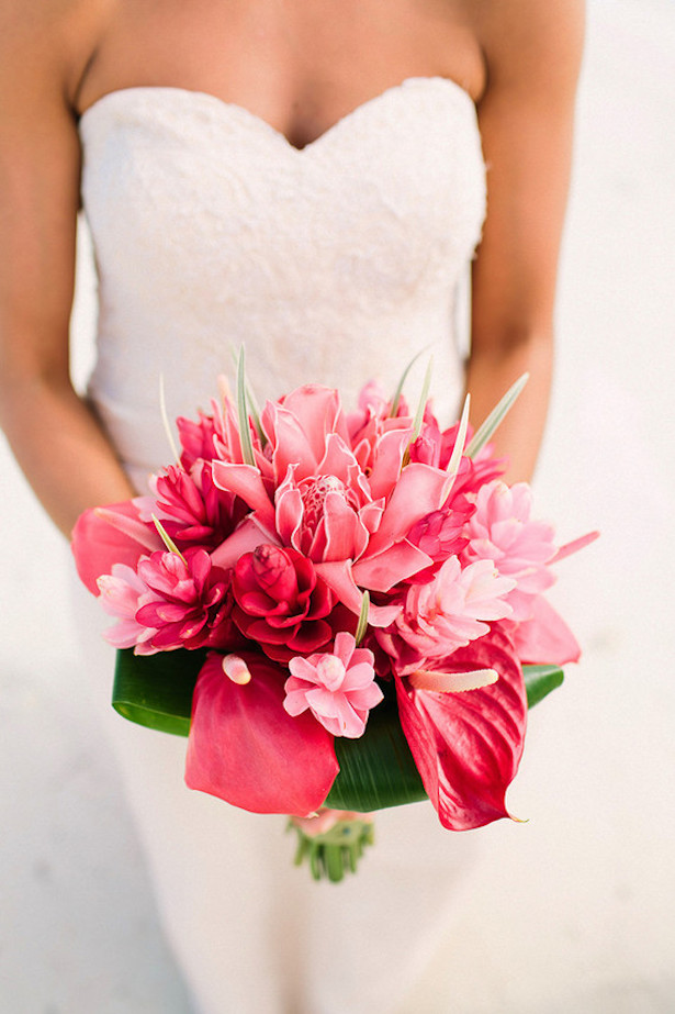 Stunning Wedding Bouquet - Photographer: Kama Catch Me