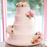 Classic wedding cake - Candace Jeffery Photography
