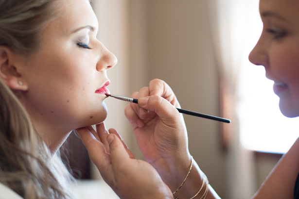 Bridal Makeup Photography : Wedding makeup - ALI SUMSION PHOTOGRAPHY - Belle The Magazine