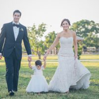 Family Wedding photo ideas - Kane and Social