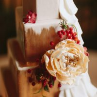 Floral wedding cake - Blue Bend Photography
