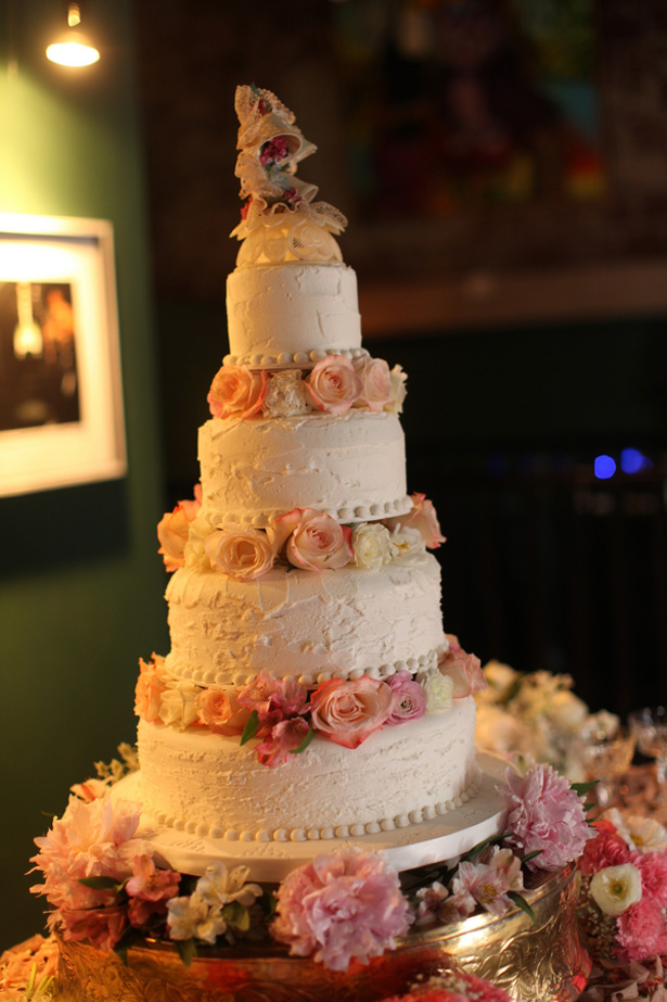 Floral wedding cake - Benfield Photography