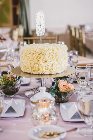 Wedding cake - Ten·2·Ten Photography