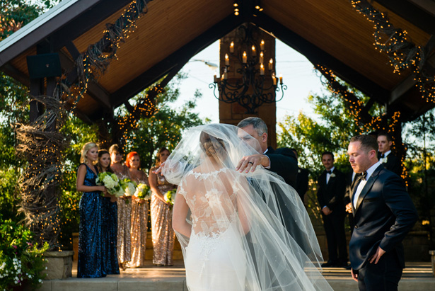 Wedding ceremony - Shawna Hinkel Photography