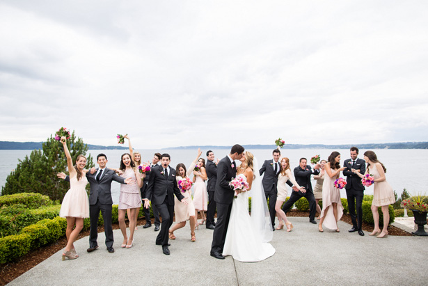 Wedding party photo idea - Laura Elizabeth