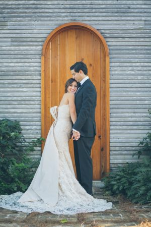 Wedding photo ideas - Kane and Social