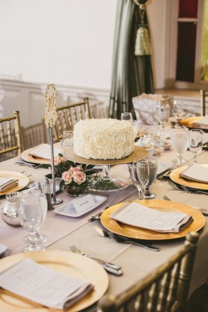 Wedding table escape - Ten·2·Ten Photography