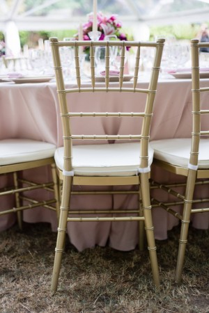 Wedding table escape - Laura Elizabeth