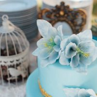 Aqua wedding cake - FunkyBird Photography