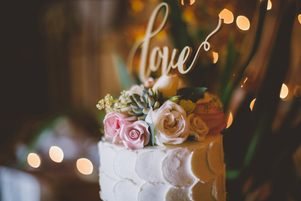 Floral wedding cake - Adriane White Photography