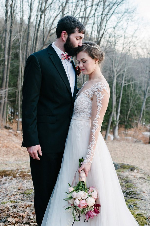 Winter woods wedding - Luv Lens