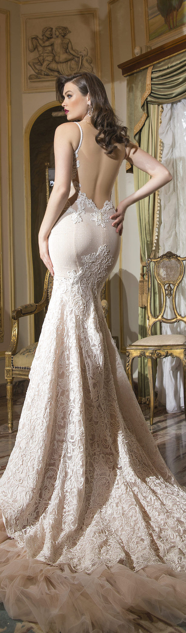 Shabi israel haute couture 2016 bridal collection for Haute wedding