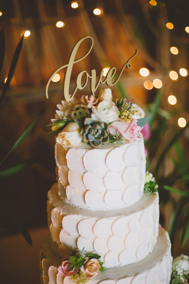 Wedding cake details - Adriane White Photography