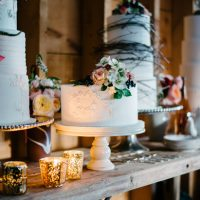 Wedding cake table - Luv Lens