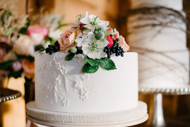 Wedding cake - Luv Lens Photography
