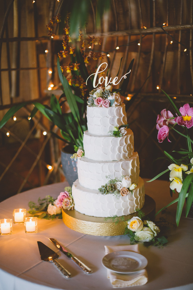 White wedding cake - Adriane White Photography