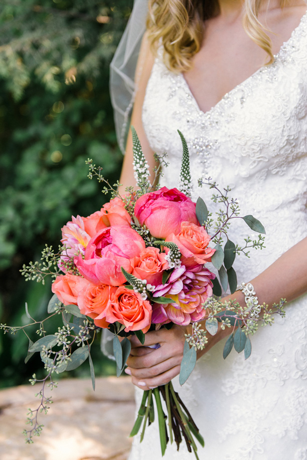 Pink wedding bouquet - L'Estelle Photography