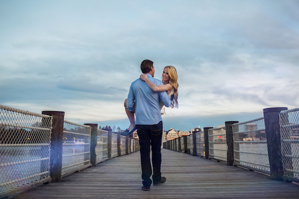 Romantic Engagement Picture - Lotus Eyes Photography
