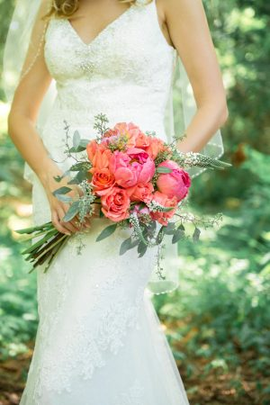 Coral Wedding bouquet - L'Estelle Photography