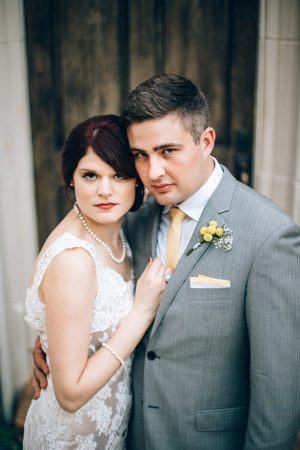 Wedding picture idea - Sowing Clover Photography
