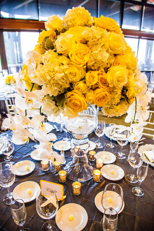 Wedding tablescape - Brett Charles Rose Photo