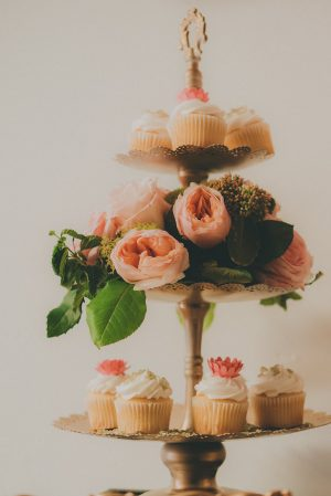 Peach Wedding Details - Cristina Navarro Photography