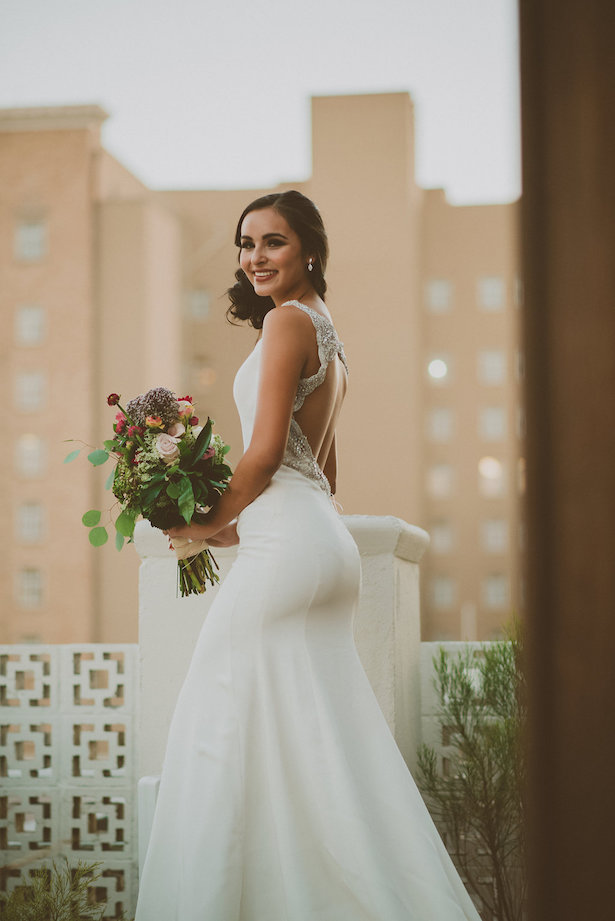 Sophisticated Bride - Cristina Navarro Photography