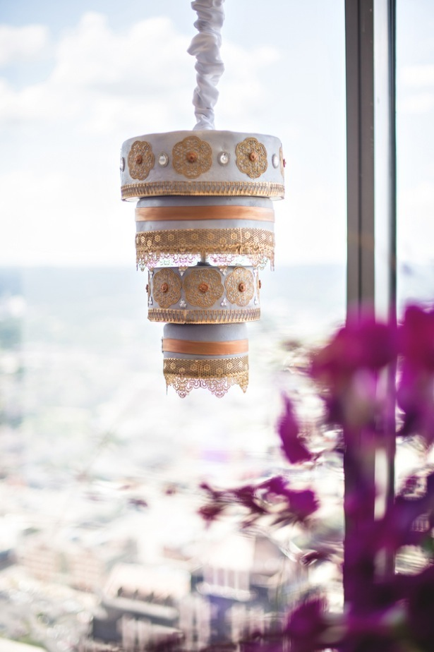 Hanging wedding cake - Dauss FOTO