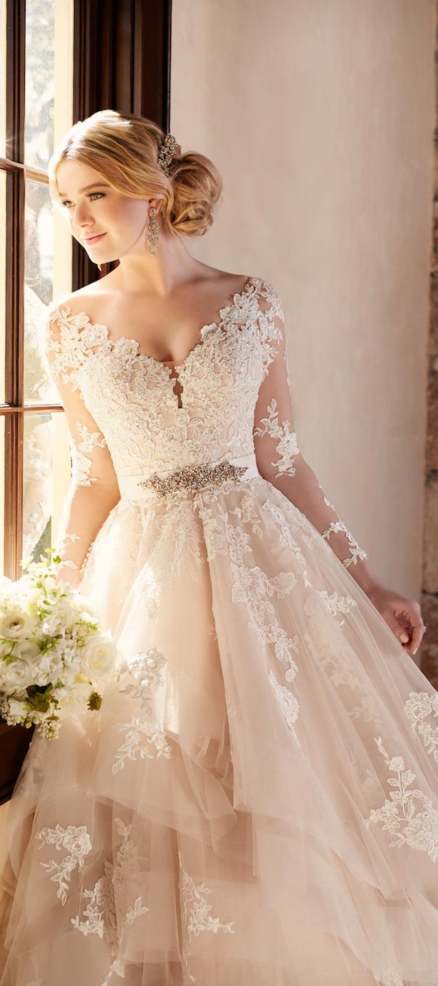 Stunning winter wedding dresses belle the magazine for Wedding dresses for bridesmaid