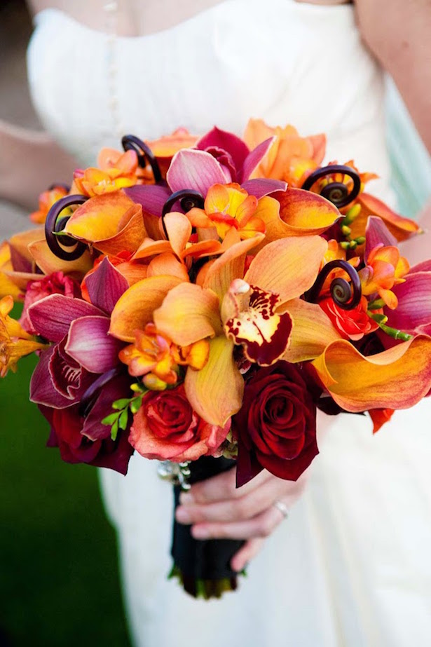 Fall Wedding Bouquets - VRAI Photography