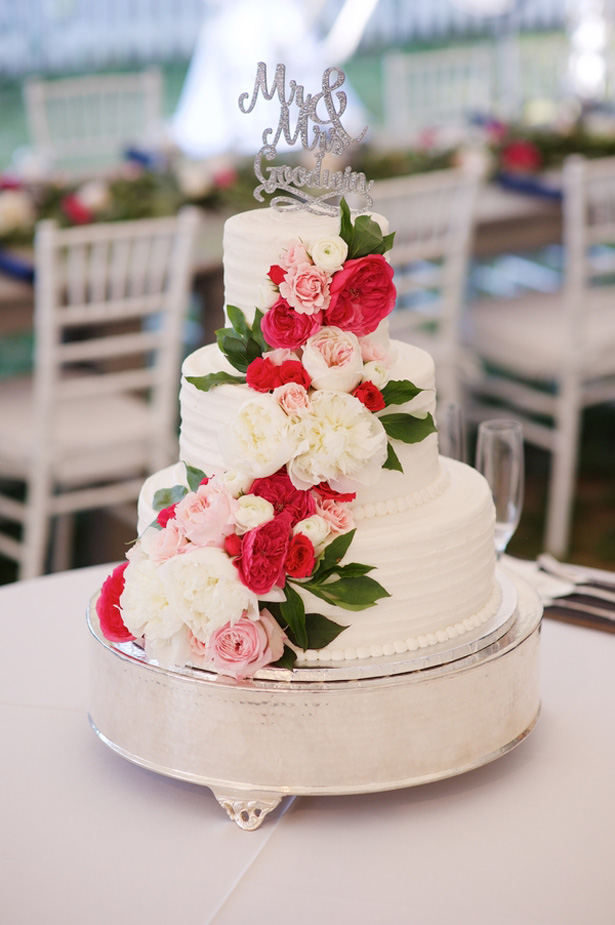 Floral wedding cake - Justin Wright Photography
