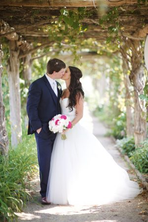 Romantic wedding picture - Justin Wright Photography