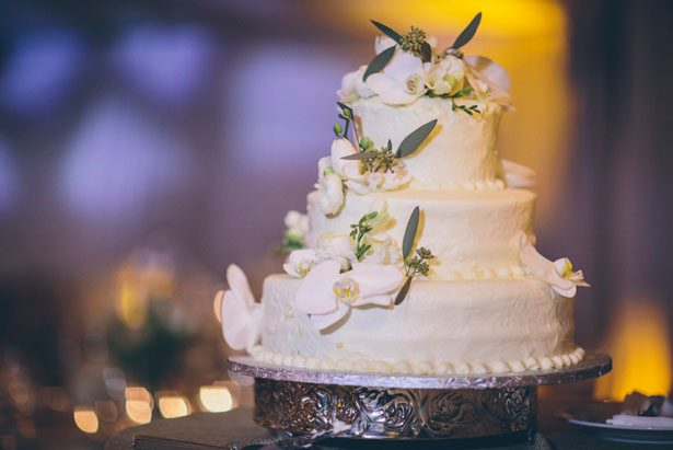 Elegant wedding cake - Kane and Social