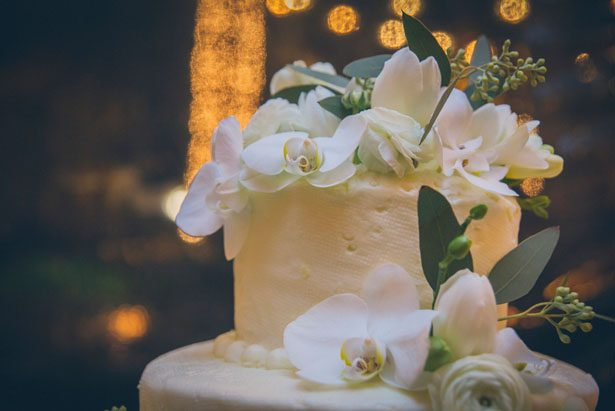 Floral wedding cake - Kane and Social