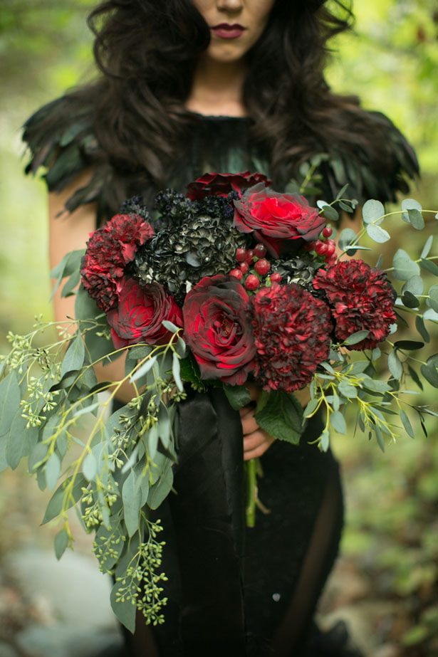 Glamorous wedding bouquet - Sweet Blooms Photography