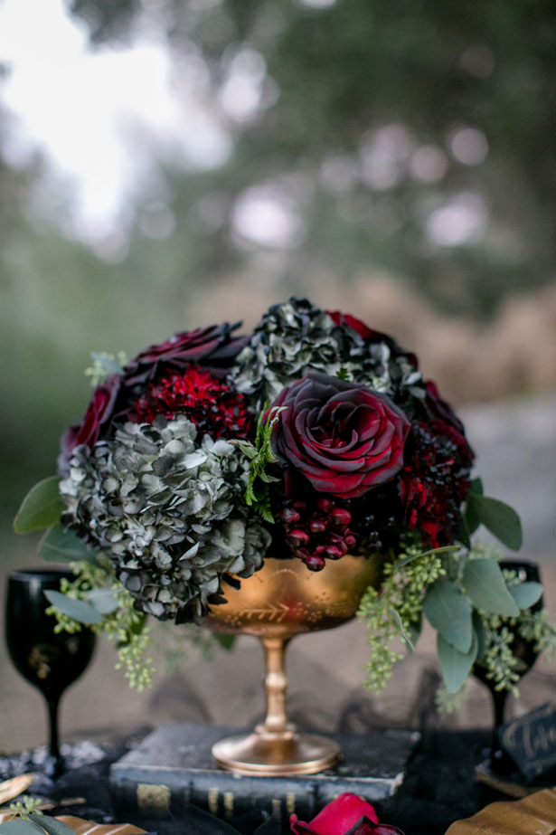 Gold wedding centerpiece - Sweet Blooms Photography