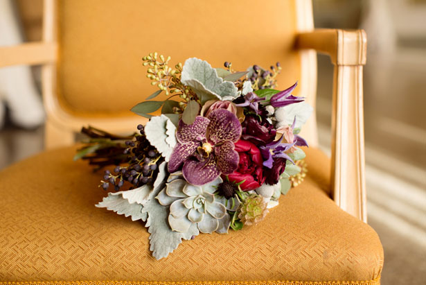 Purple bouquet - Mad Chicken Studio