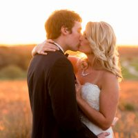 Wedding kiss - Life's Highlights