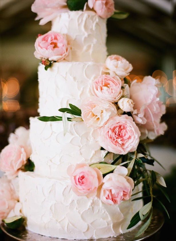 Romantic Floral Wedding Cake - Diana McGregor Photography