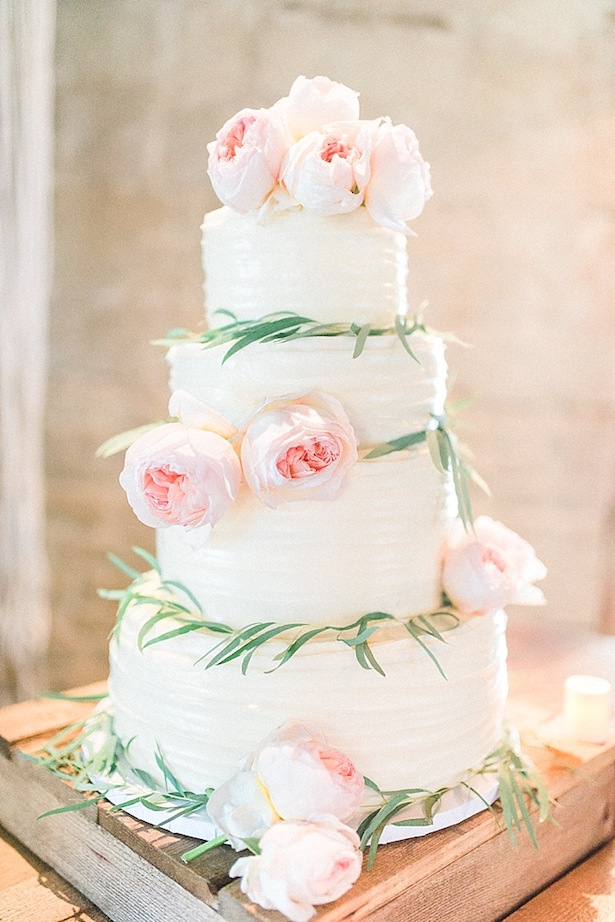 Romantic Floral Wedding Cake - Hello Blue Photography